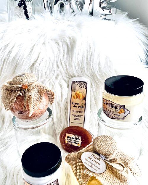 Zestaw naturalnych kosmetyków z bursztynem i borowiną, 6 produktów