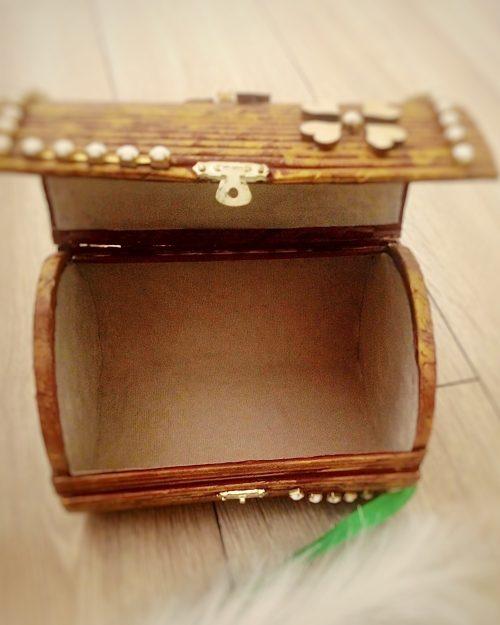 Pudełko BROWN EYE na biżuterię i skarby, rozmiar MINI